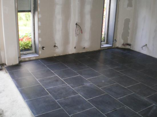 Le carrelage for Carrelage sol noir